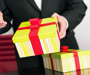 подарки чиновникам